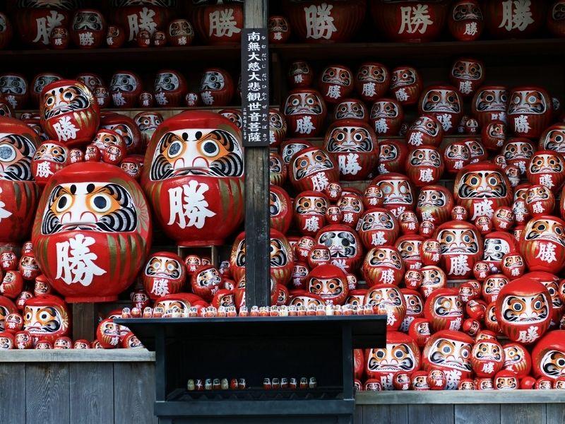 Búp bê Daruma- Biểu tượng truyền thống của người Nhật